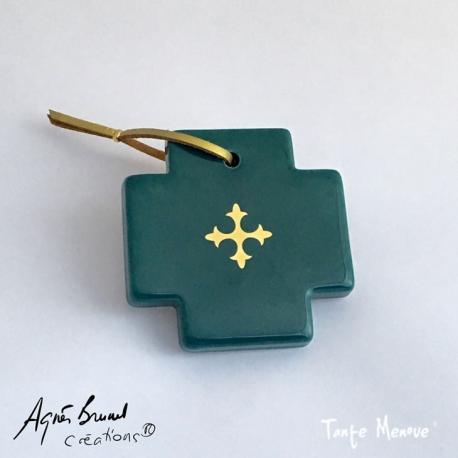 Croix carrée Verte et Or