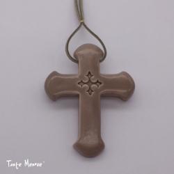 Croix Latine taupe